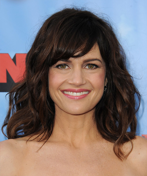 Carla Gugino Medium Wavy Casual  Hairstyle with Side Swept Bangs  – Dark Brunette Hair Color