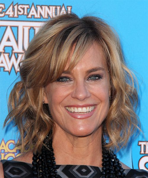 Catherine Mary Stewart Medium Wavy Casual    Hairstyle with Side Swept Bangs  – Dark Blonde Hair Color