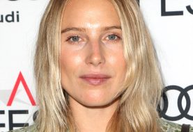 Dree Hemingway Medium Straight Casual  Bob  Hairstyle   -  Blonde Hair Color