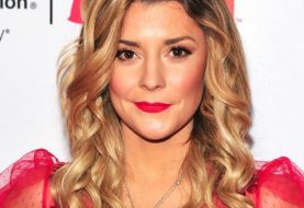 Grace Helbig Long Curly Casual    Hairstyle   -  Blonde Hair Color