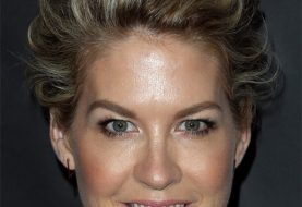 Jenna Elfman Short Wavy Formal Layered Pixie  Hairstyle   - Dark Blonde Hair Color with  Blonde Highlights