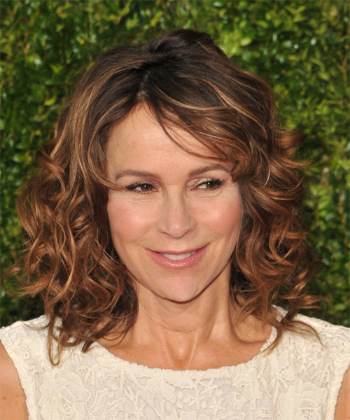 Jennifer Grey Medium Curly Casual Hairstyle  – Copper Brunette Hair Color with Dark Blonde Highlights