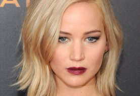 Jennifer Lawrence Medium Straight Casual    Hairstyle   -  Golden Blonde Hair Color