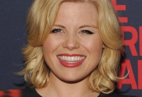 Megan Hilty Medium Wavy Formal    Hairstyle   -  Honey Blonde Hair Color