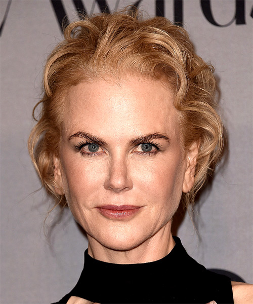 Nicole Kidman Long Wavy Casual Updo Hairstyle   – Light Strawberry Blonde Hair Color
